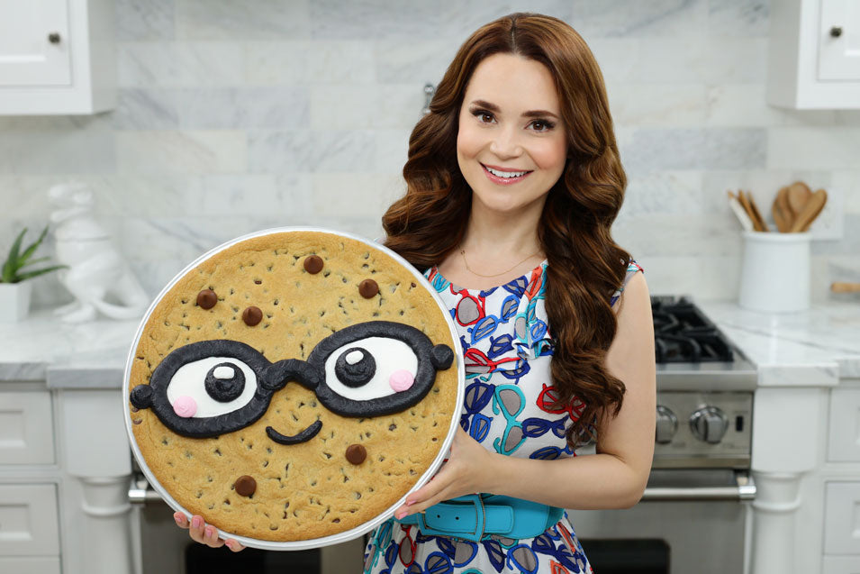 Rosanna Pansino makes a Giant Smart Cookie