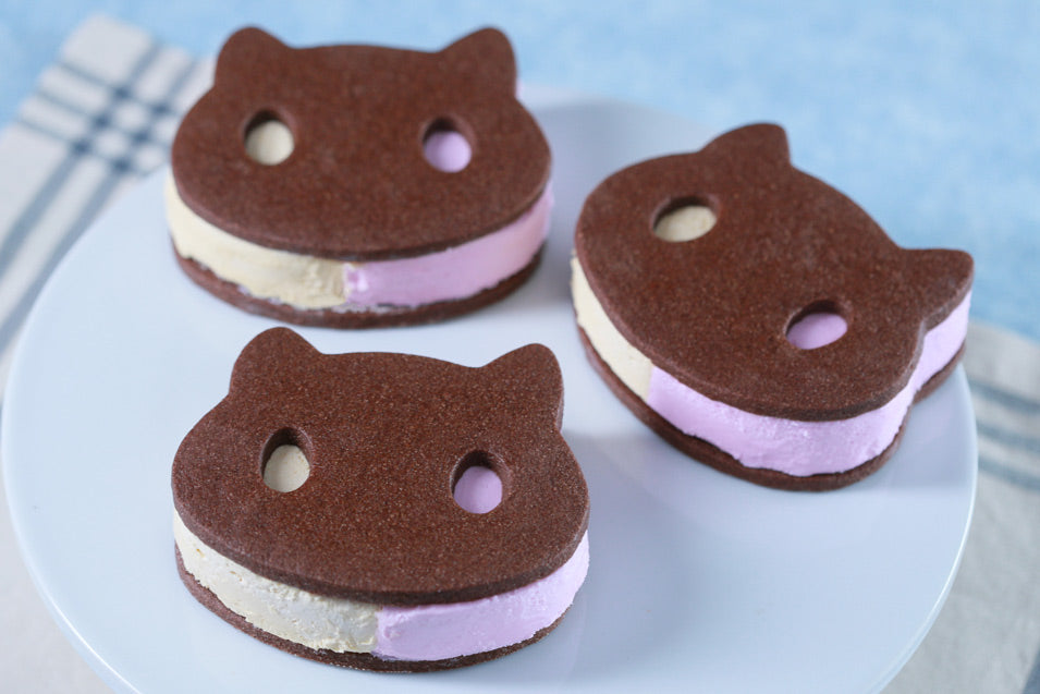 Steven Universe Cookie Cat Ice Cream Sandwiches