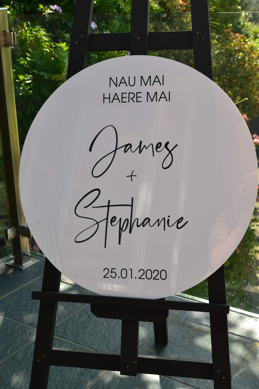 580mm Circle Signs + your choice of design