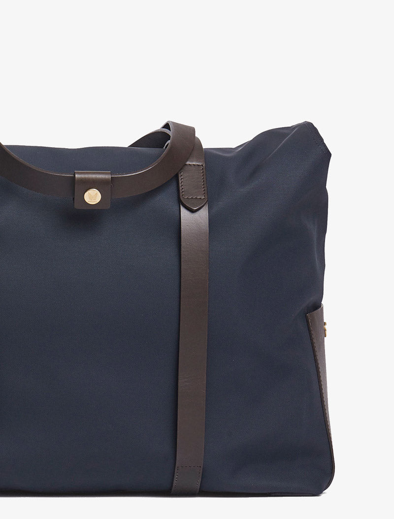 M/S Mega Tote – Navy/Dark Brown description image