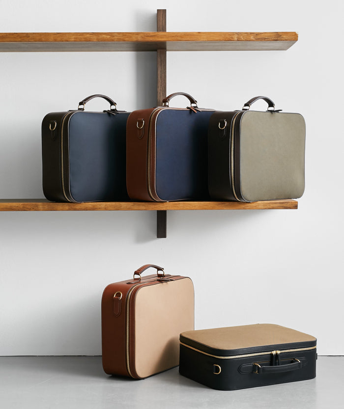 M/S Suitcase - Navy/Dark brown feature image 4