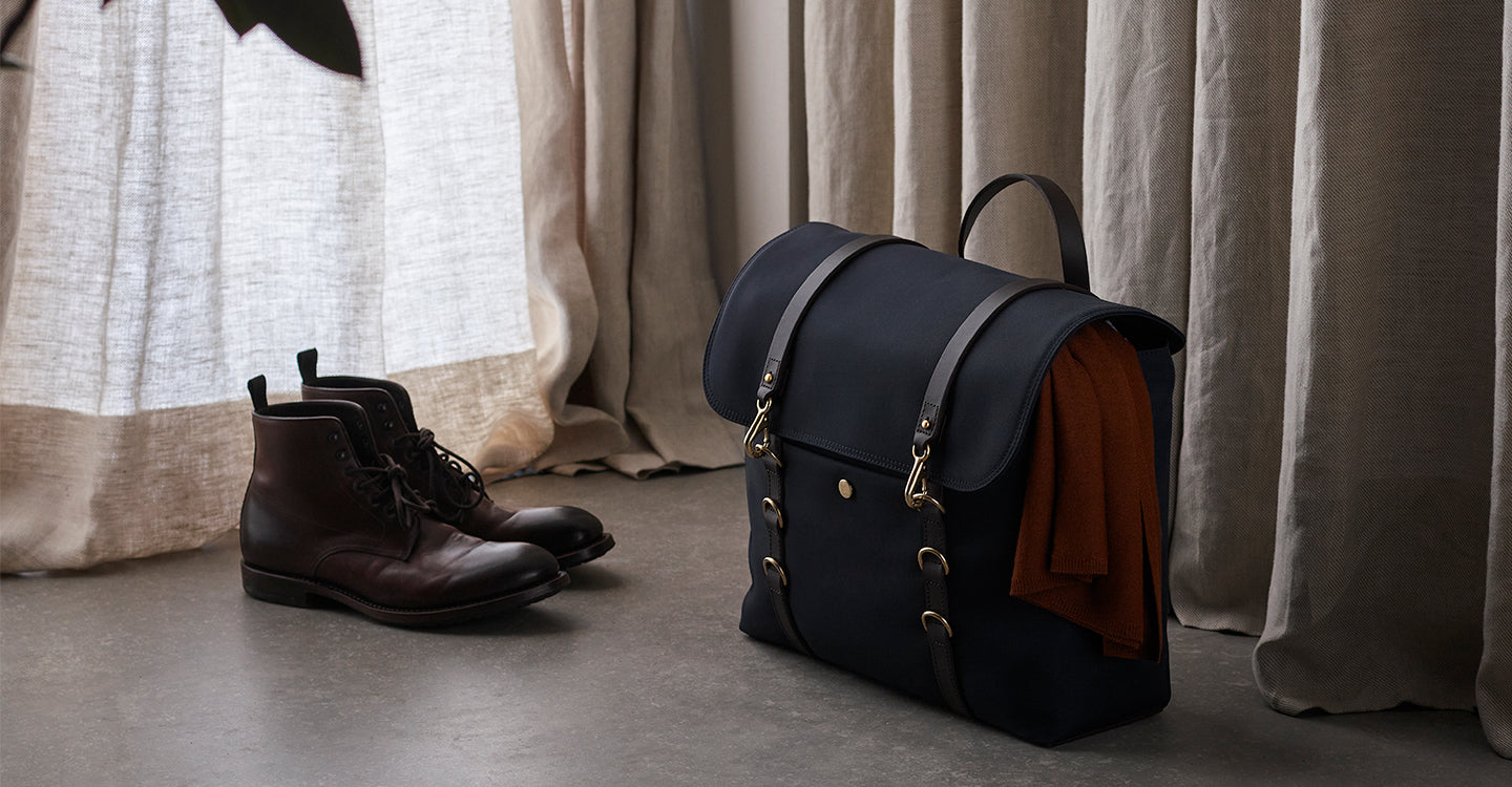 M/S Satchel – Navy/Dark Brown feature image 3