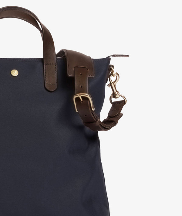M/S Shopper – Navy/Dark Brown feature image 5