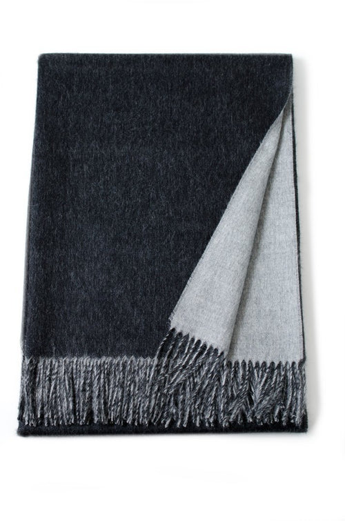 Linen Way 'Québec' Double Sided Throw
