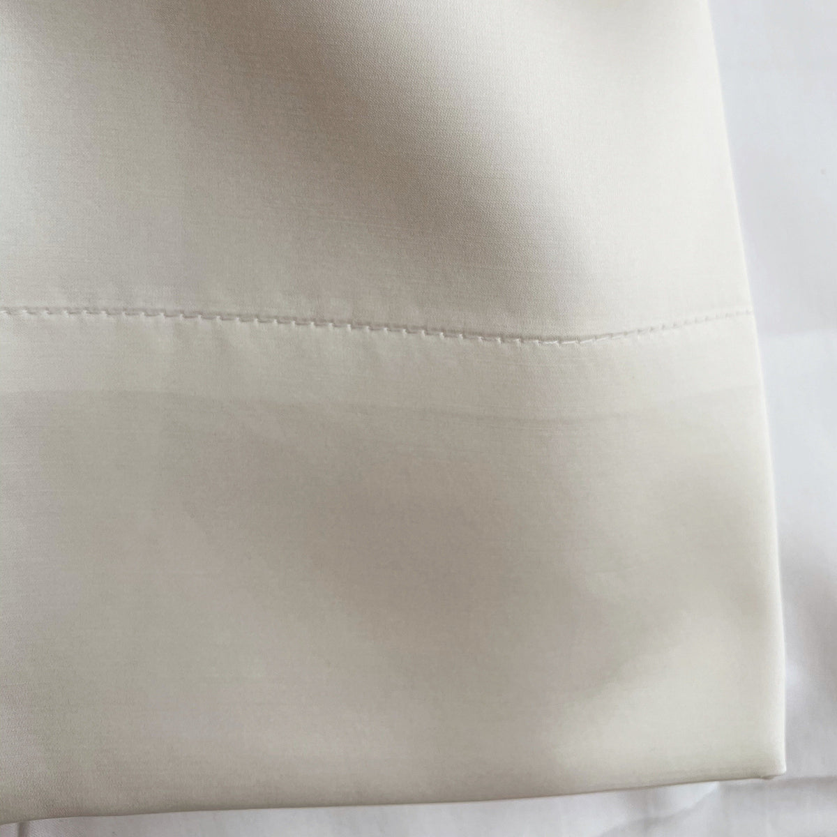 St-Geneve 'Serenity' Silk Pillow Case