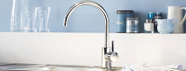 10 Steps to professionally staging your kitchen - buff your faucets