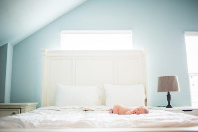 7 Tips for Better Newborn Lifestyle Photos