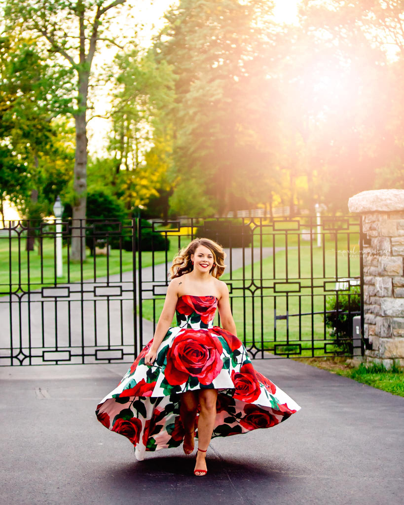 Senior photo session with spring dress