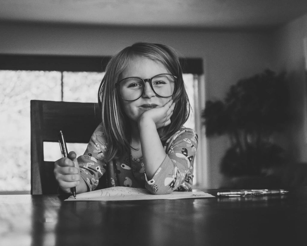 best photos of 2019 - girl in glasses
