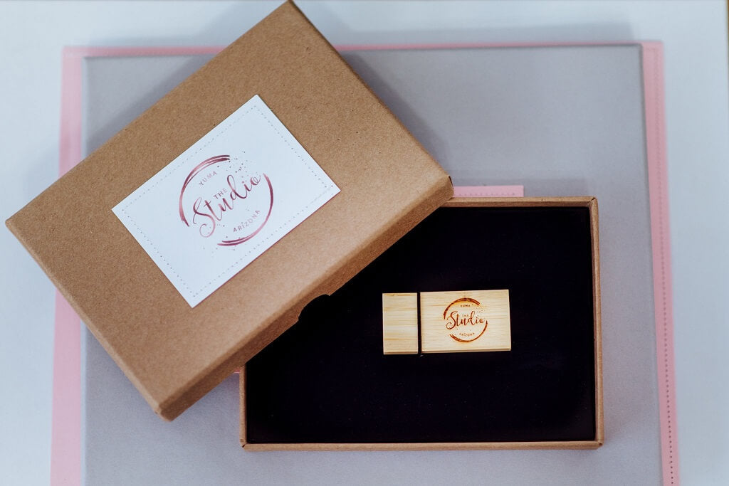 Kraft and Jute Boutique Packaging for Photographers
