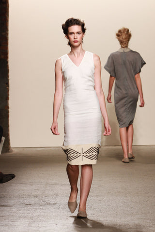 Look 21: Elizabeth, Dress Yene in organic ivory linen with hand-loomed pima and baby alpaca textile