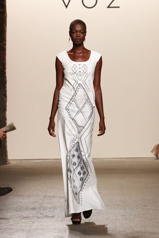 Look 22: Aluad, Dress Diamante in ivory organic cotton and diamond print