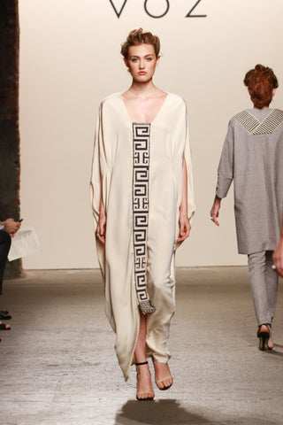 Look 25: Ashley, Camina Dress in cream silk with hand-loomed pima in double technique