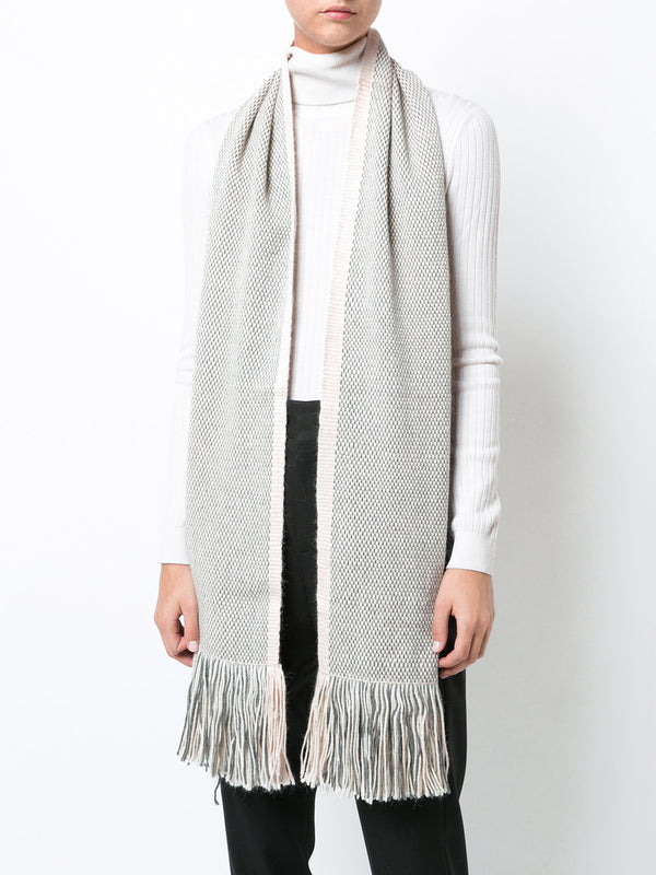 Light Lineas Fringe Scarf