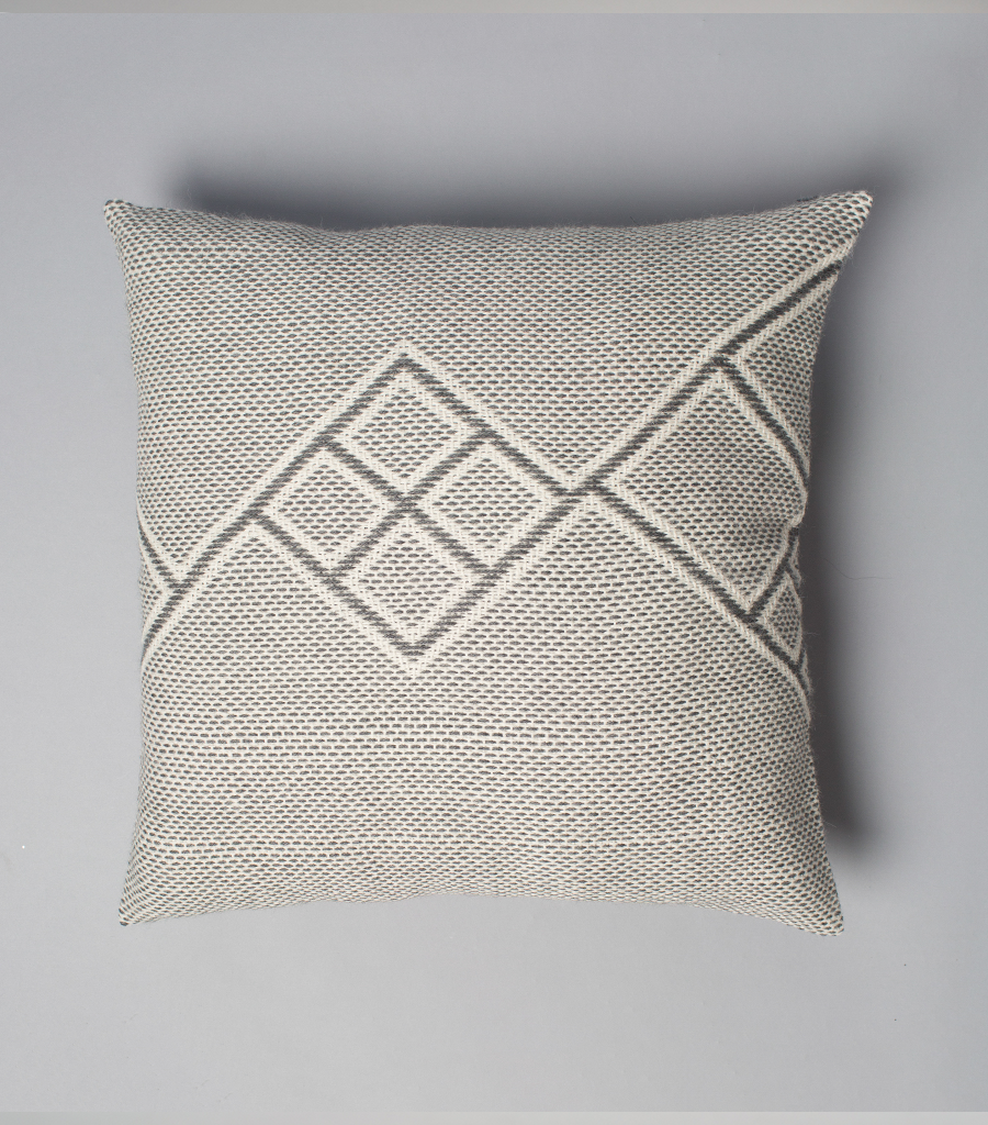 Che Euro Pillow in Light Grey