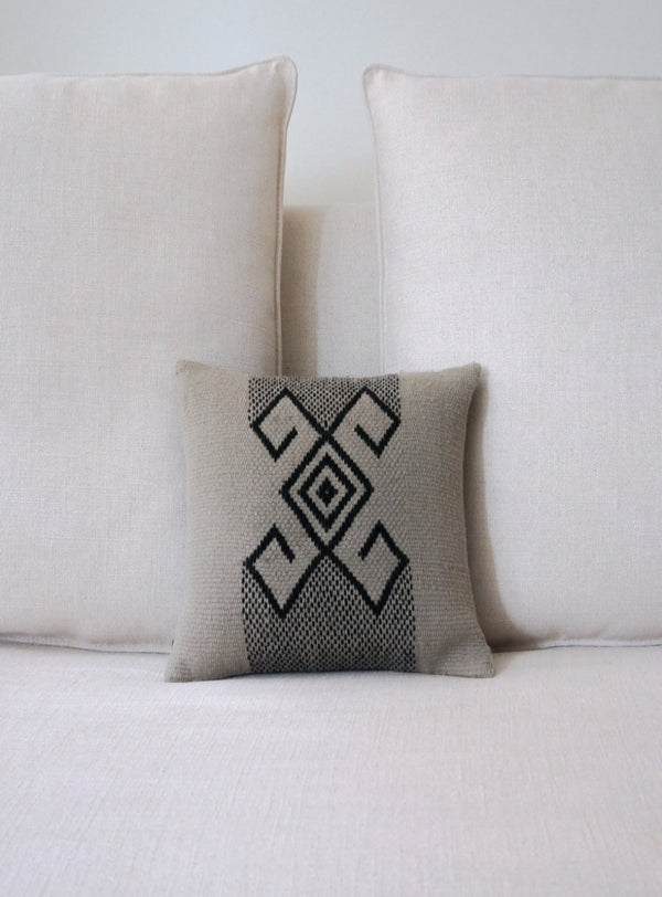 Araña Pillow Small in Pewter
