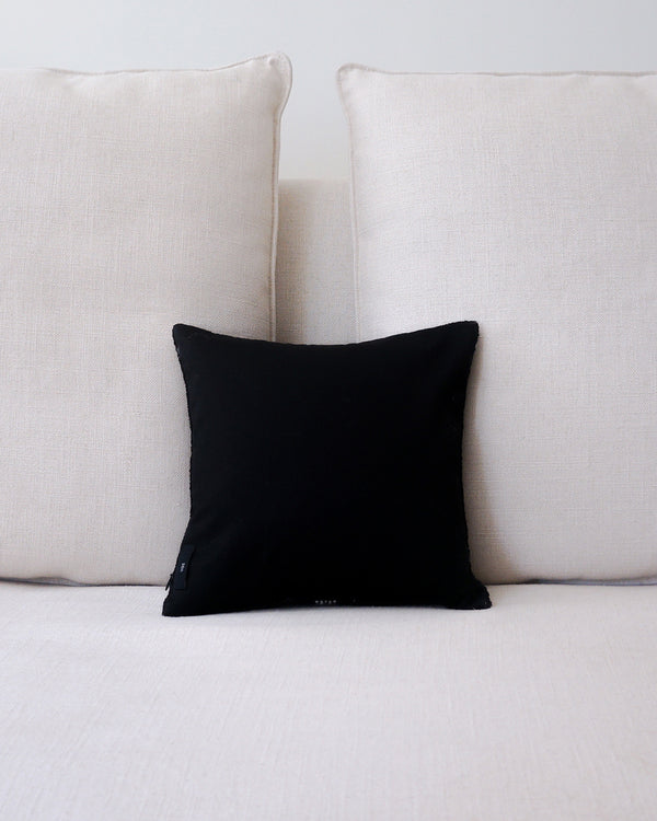 Centro Lineas Square Small Pillow