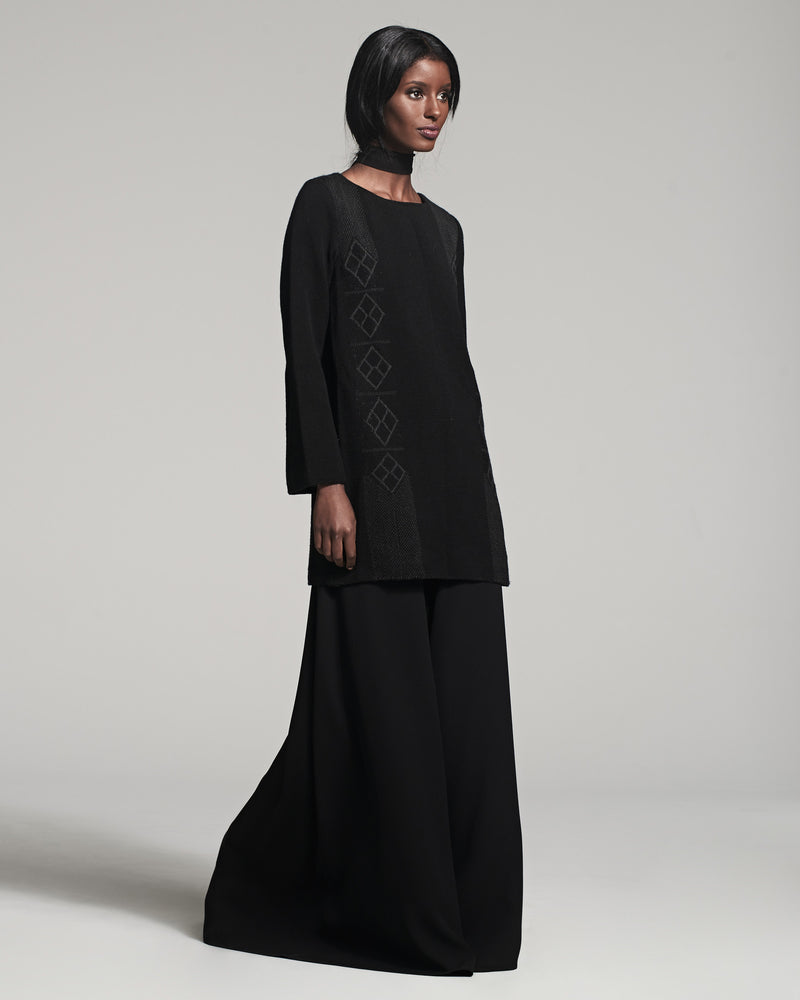 Long Sleeved Che Dress