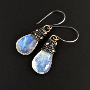 Avril Earrings - Moonstone