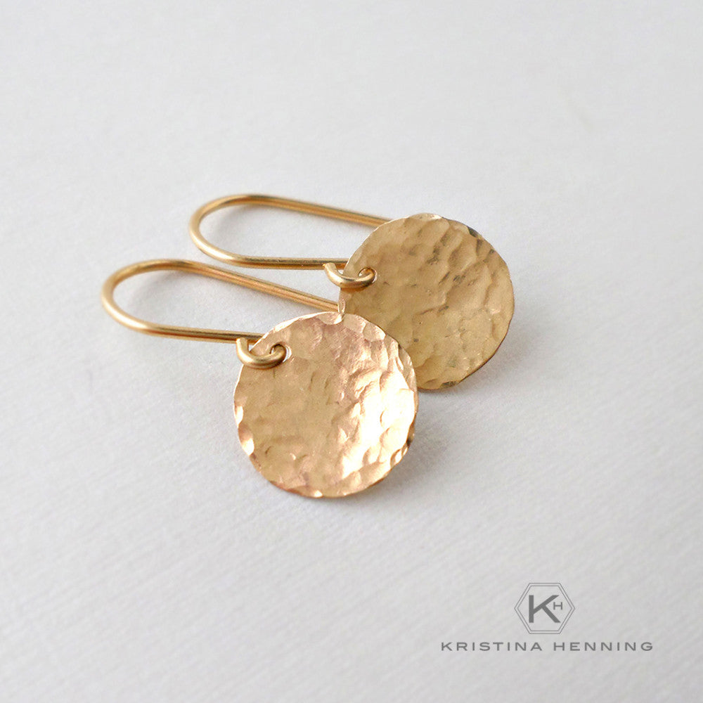 Hammered gold disk earrings
