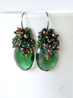 Chandelier earrings with emerald green and brown gemstones