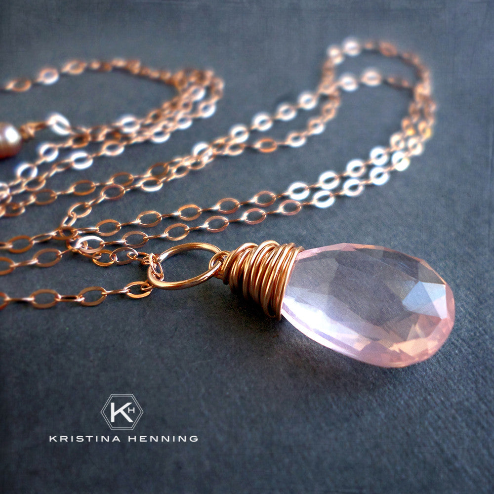 Rose quartz and gold necklace