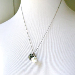 Tulla Necklace with Pearl