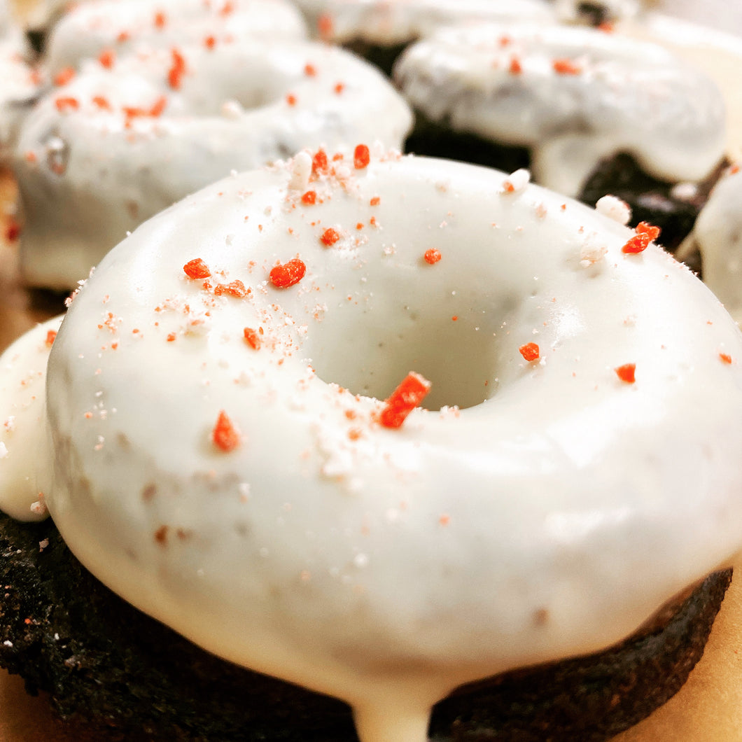 Chocolate Peppermint Protein Doughnuts