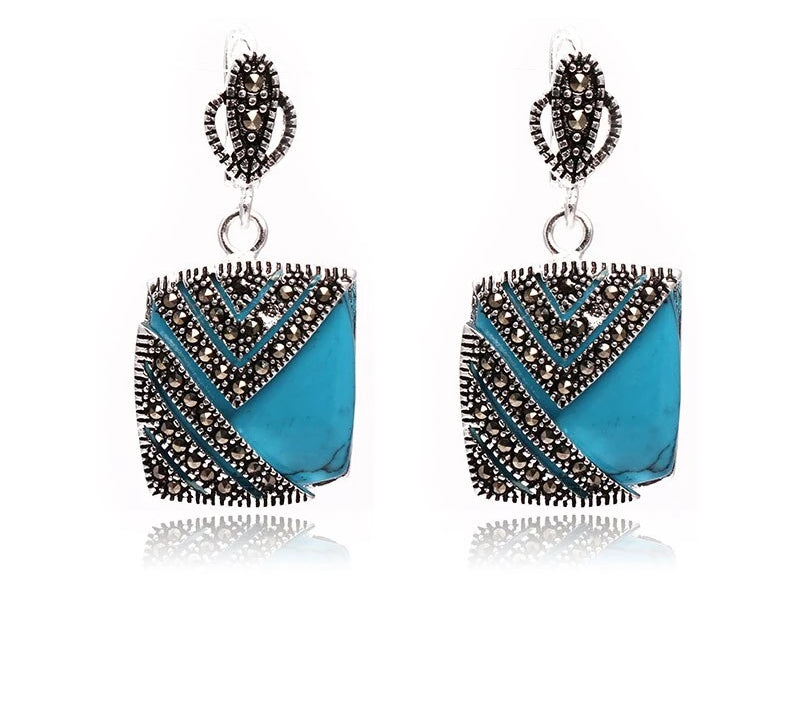 Blue Ornate Earring
