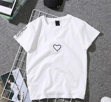 Load image into Gallery viewer, Heart Print T