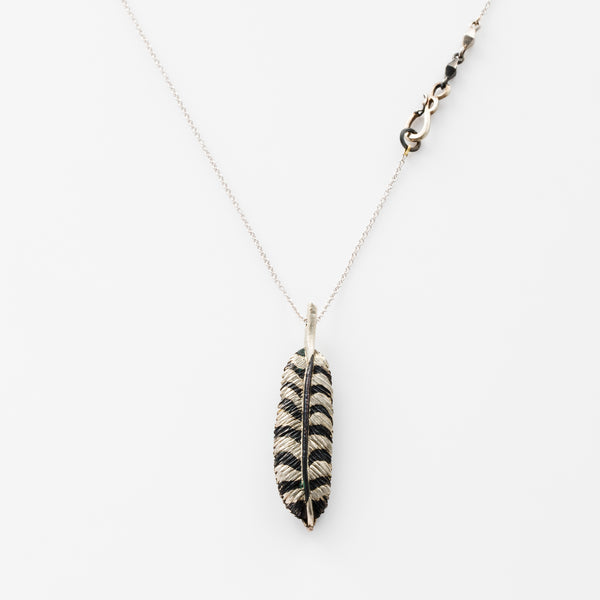 LOCKET FEATHER