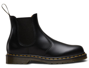 2976 YELLOW STITCH SMOOTH CHELSEA BOOT (blk)