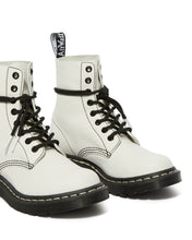 Load image into Gallery viewer, 1460 Pascal Virginia B&W UP Boots (optical white)