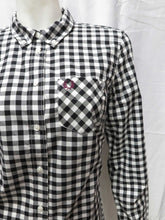 Load image into Gallery viewer, Gingham Button-Down L/S Shirt (blk)