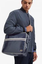 Load image into Gallery viewer, Fred Perry Classic Shoulder Bag
