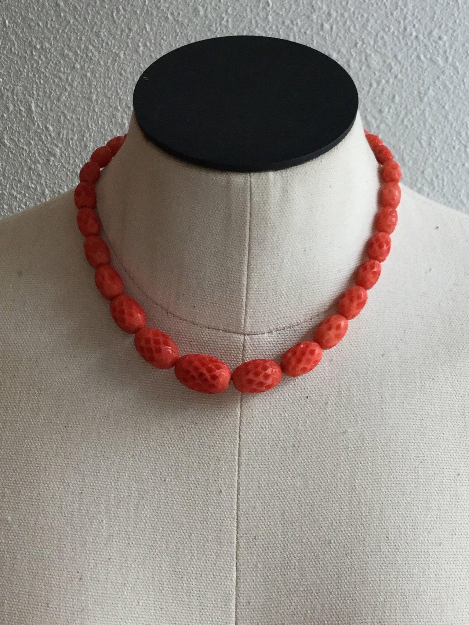 Coral 1930s Celluloid Necklace