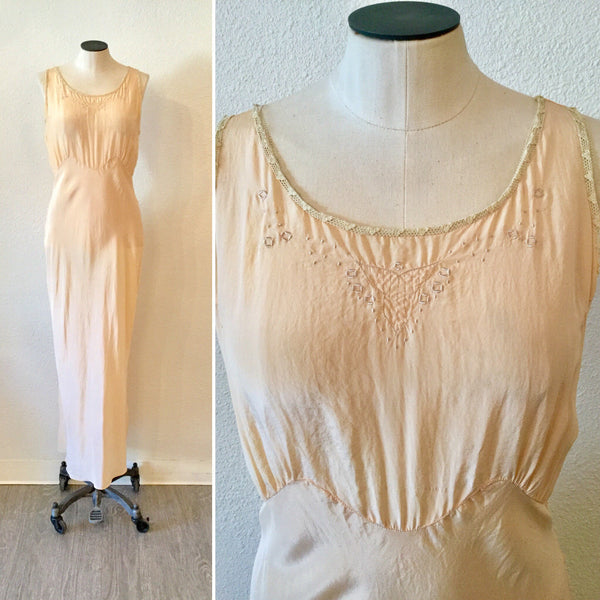 Peche 1920s Nightgown | Medium