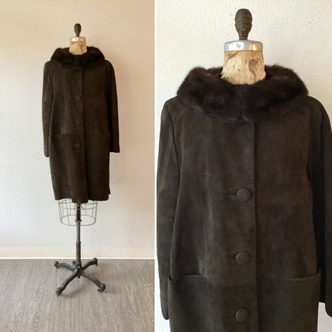 Cocao 1960s Suede Coat | Large