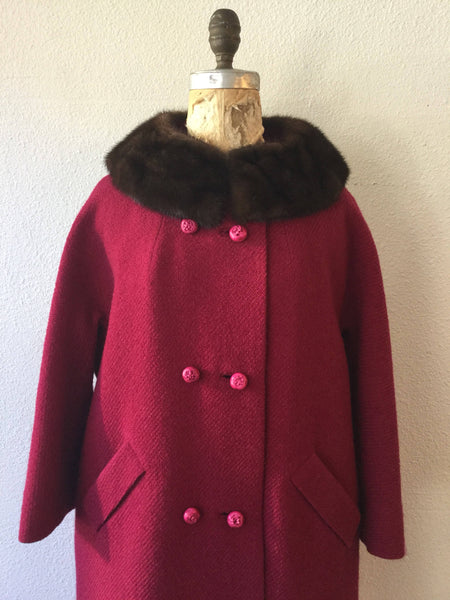 Framboise 1950s Town & Country Coat | Medium