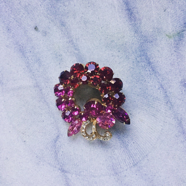 Honore 1950s Wreath Brooch