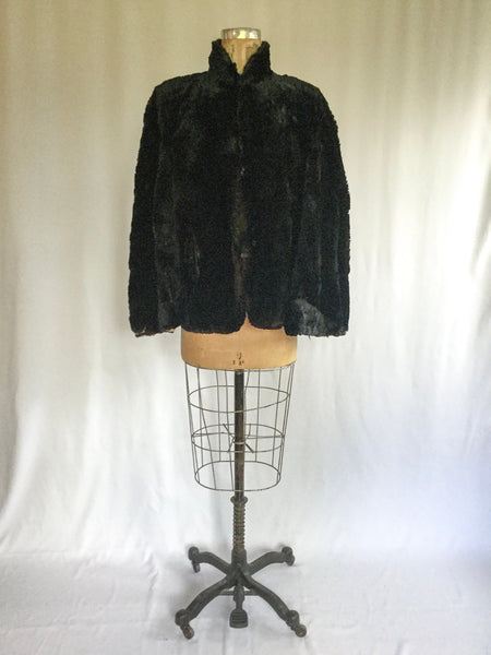 Lizbeth Antique 1900s Fur Cape