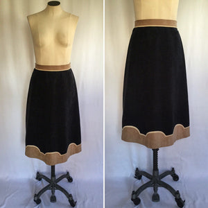 Julia 1980s Suede Skirt | Small