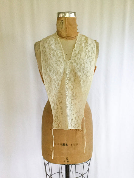 Sibella 1930s Lace Dickie | Fits Most