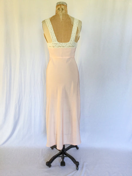 Dogwood 1950s Nightgown | Small