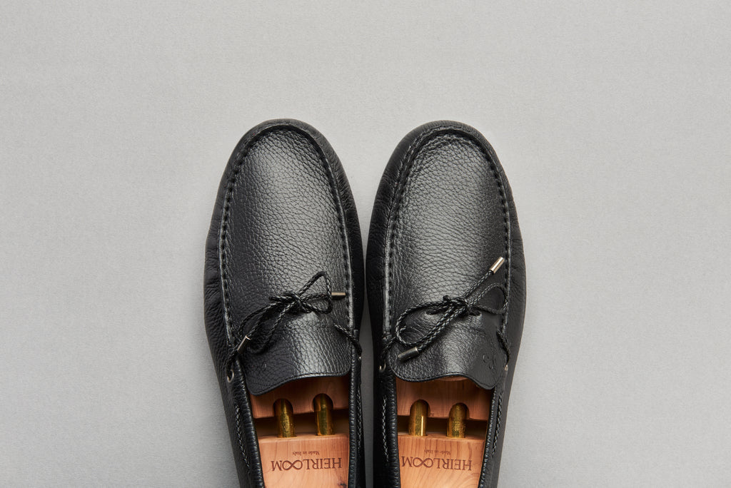 Driving Loafer in Black Tumbled Grain Leather