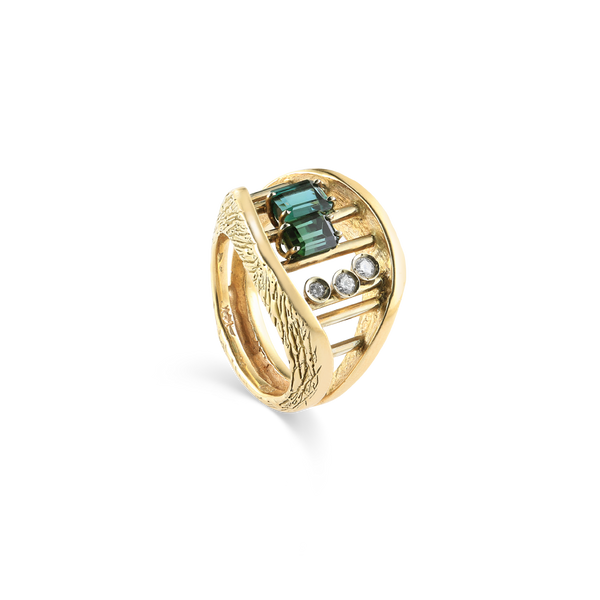14K Yellow Gold Ring with Green Tourmaline and Diamonds