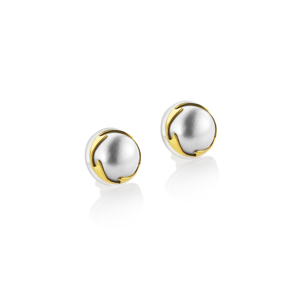 Mabé Pearls Montreal, pearl dealer montreal, mabé Pearl earrings , 18K yellow gold Mabé Pearl earrings montreal, pearl earrings with yellow gold. Montreal Jewellery Designer www.elysee.ca