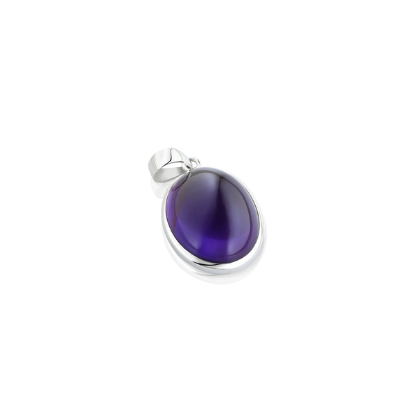 Oval Amethyst pendant set in silver, Silver cabochon amethyst pendant, pendant in silver, purple stone pendant, Montreal jeweller, Montreal jewelery, jeweler designer in Montreal, cabochon amethyst pendant, oval pendant, oval amethyst, pendantif amethyste et argent