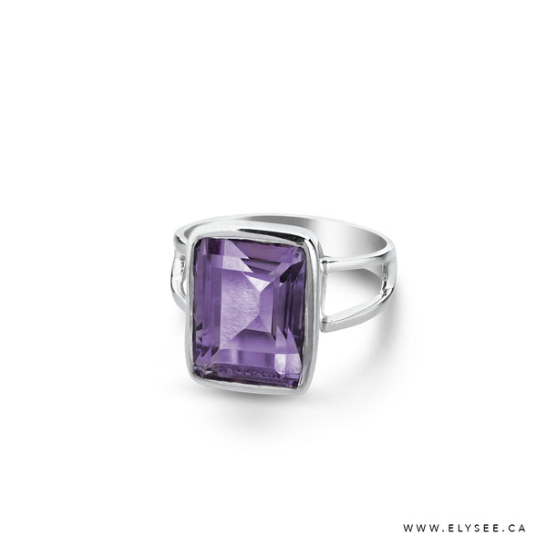 Sterling Silver ring with amethyst from your montreal jewellery designer, www.elysee.com