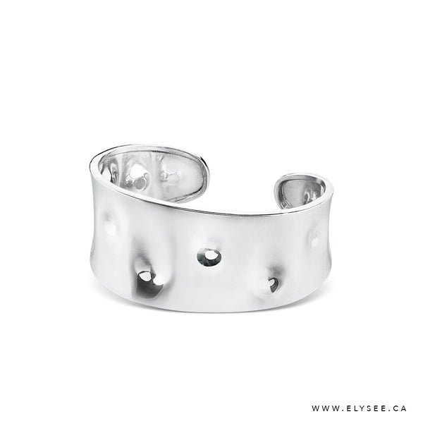DIMPLED  STERLING SILVER CUFF BRACELET. WWW.ELYSEE.CA Montreal  bracelets